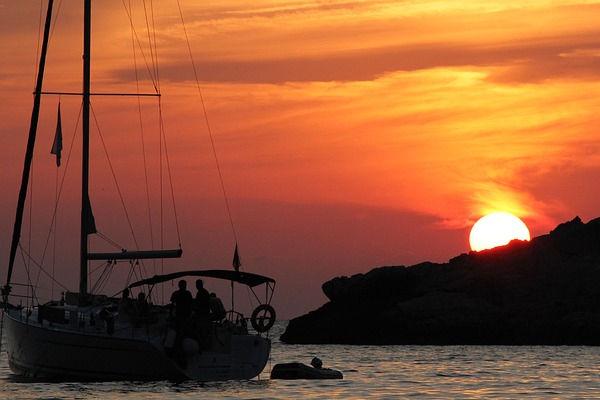 Naviguer pour le plaisir pendant vos vacances dans nos appartements de location à Estartit